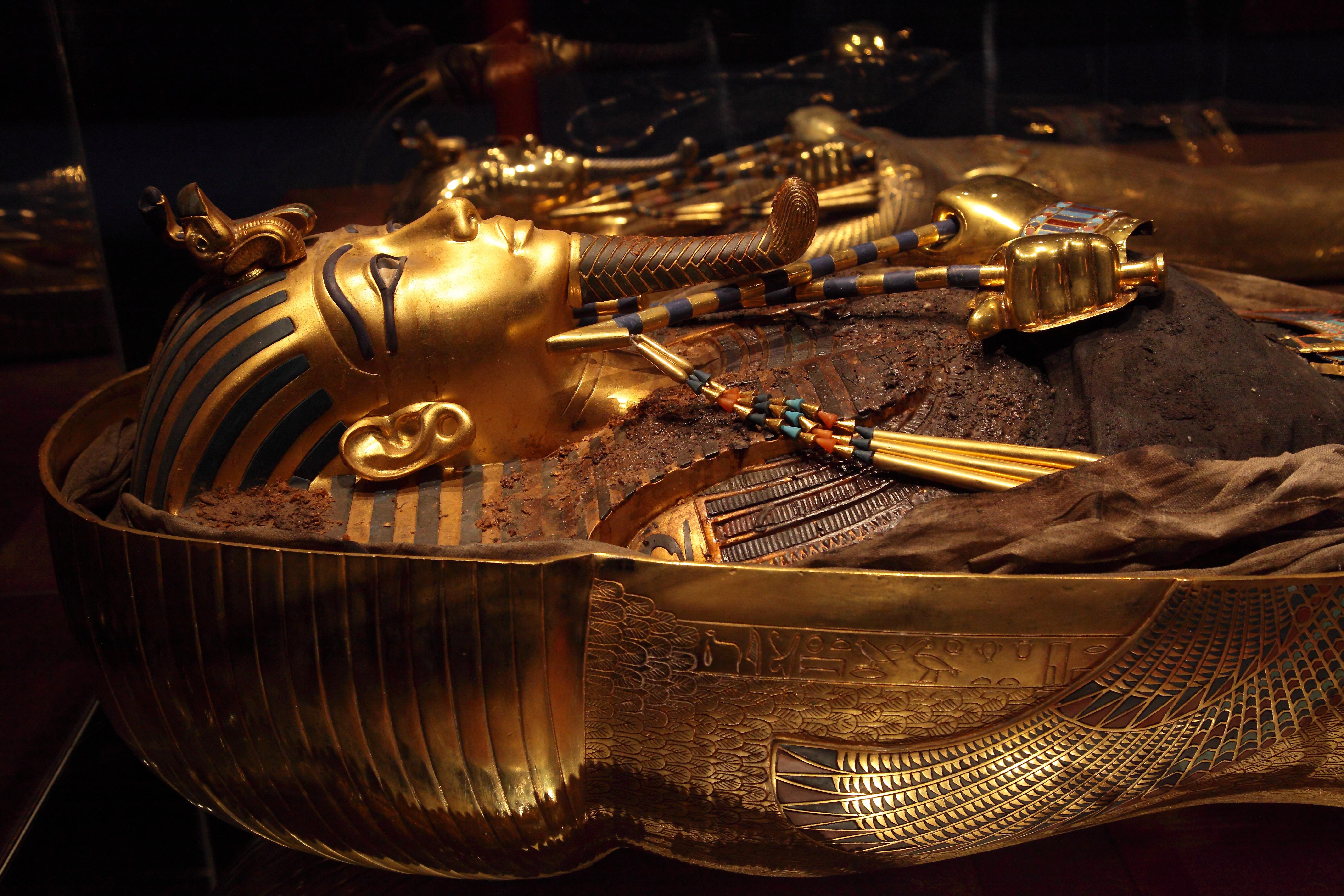 Tutankhamón: La Tumba y sus Tesoros